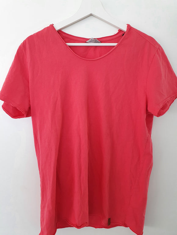 Basic T-Shirt Grösse M - secondhandkiste.ch