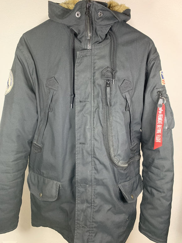 Alpha Industries Winterjacke Grösse M - secondhandkiste.ch