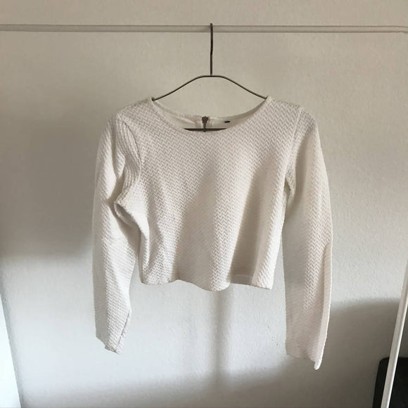 Weisser Crop Top Pullover - secondhandkiste.ch