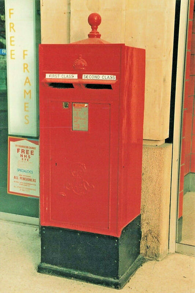 Postcard British Postbox Series No.40 Edward VII Waterloo Station London LT1