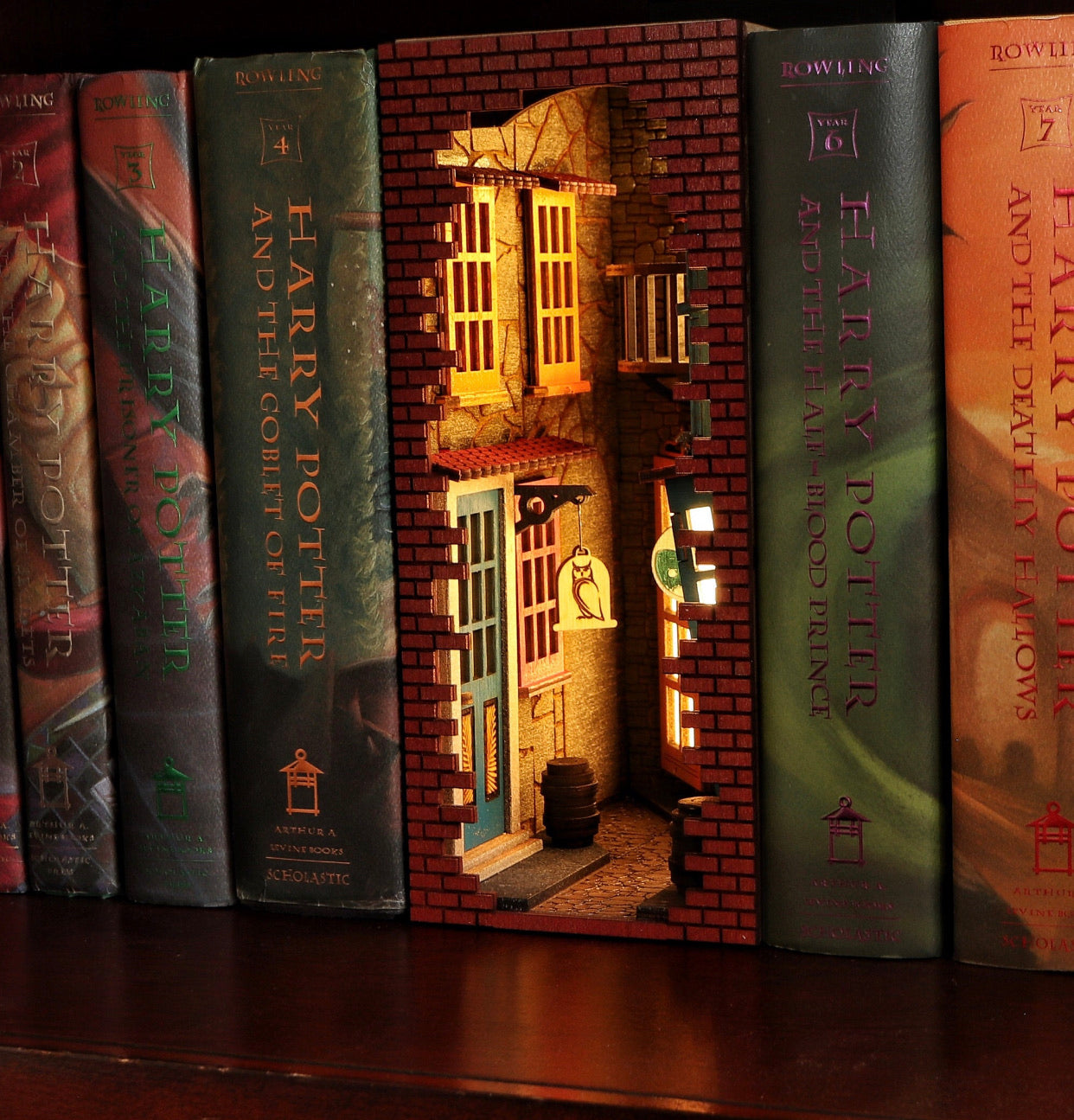 Magic Alley Harry Potter Nook Book - Unpainted Kit
