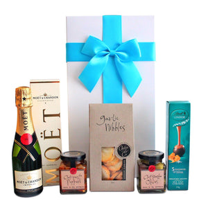 MINI MOET & CHANDON HAMPER - blac-label-boxes