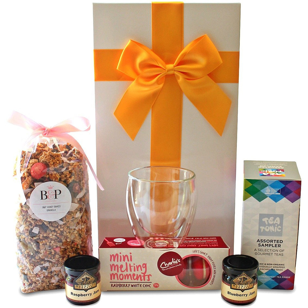 BREAKFAST FOR ONE TEA GOURMET HAMPER - blac-label-boxes