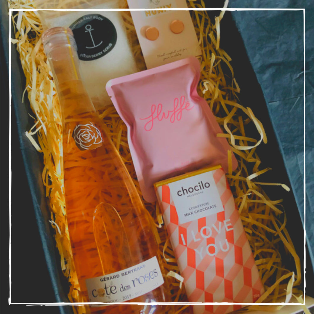 ROSE LOVER HAMPER