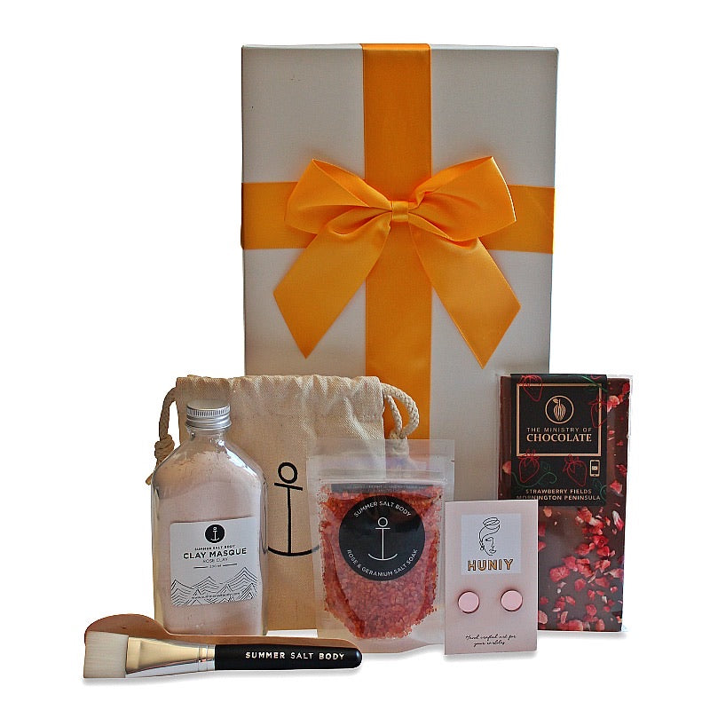 PAMPER ME HAMPER