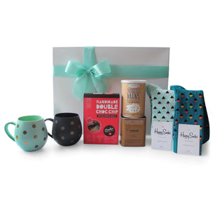 WINTER WARMER GOURMET HAMPER - blac-label-boxes