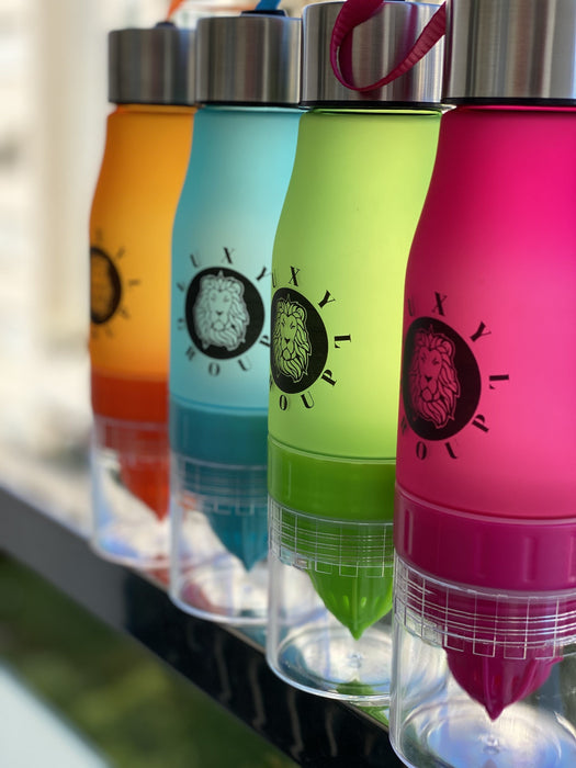 LuxylGroup´s 650ml Infuser Portable Water Bottle- Fruit Infusion