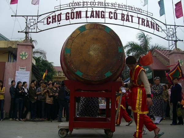 Bat Trang: Village of Bowls