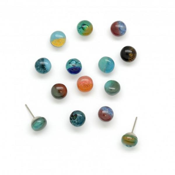 Round Stud Glass Earrings