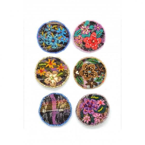 Embroidered Corte Flower Pin