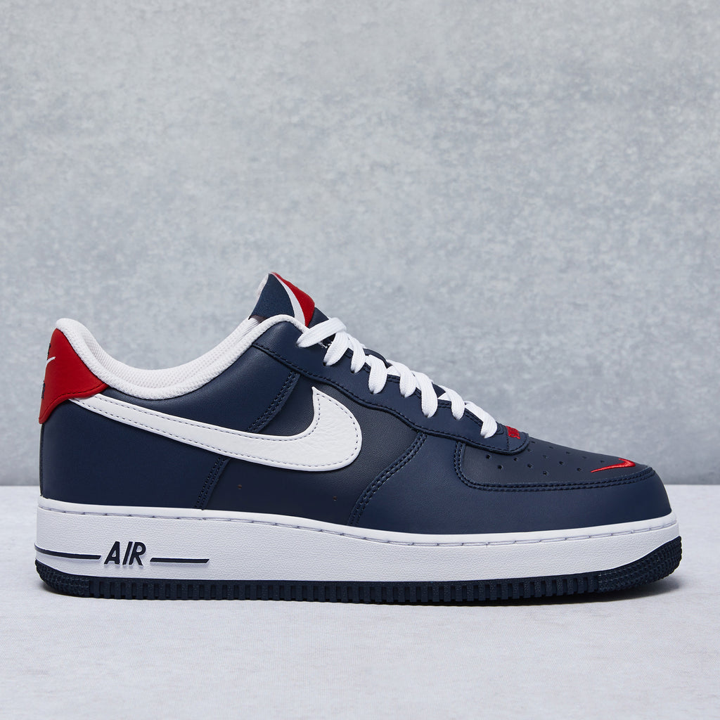Air Force 1 '07 LV8 4 Low Shoe