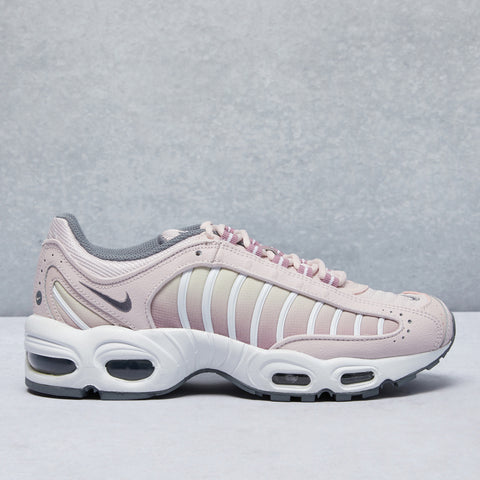 Air Max Tailwind IV Shoe
