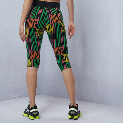 Sportswear Peace Pack Allover Print Capri Leggings