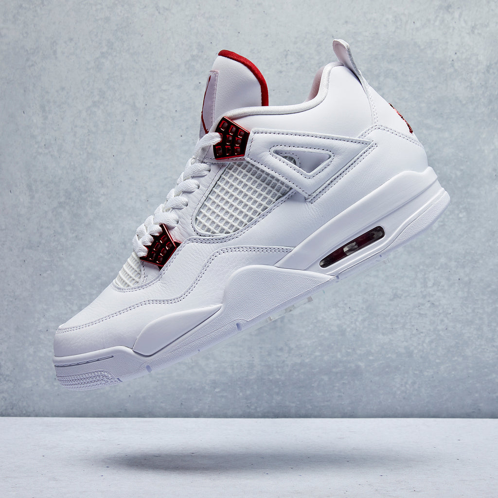 Air Jordan 4 Retro Shoe