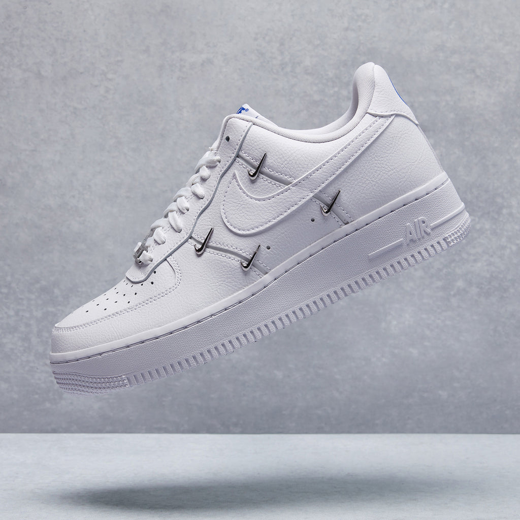 Air Force 1 '07 LX Shoe
