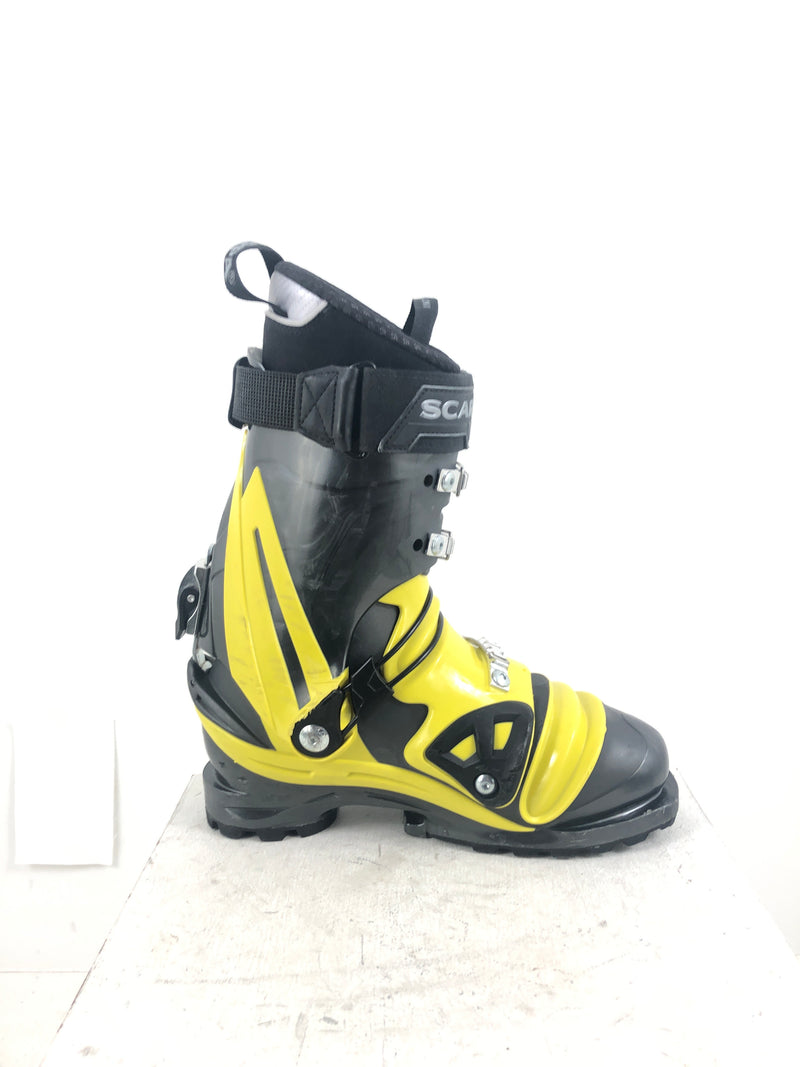 27.0 Scarpa TX Comp (Used)