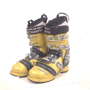 29.0 Scarpa TX Comp - USED