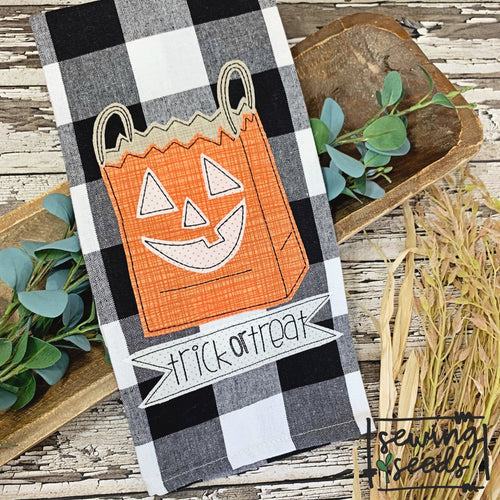 Halloween Treat Bag Applique SS - Sewing Seeds