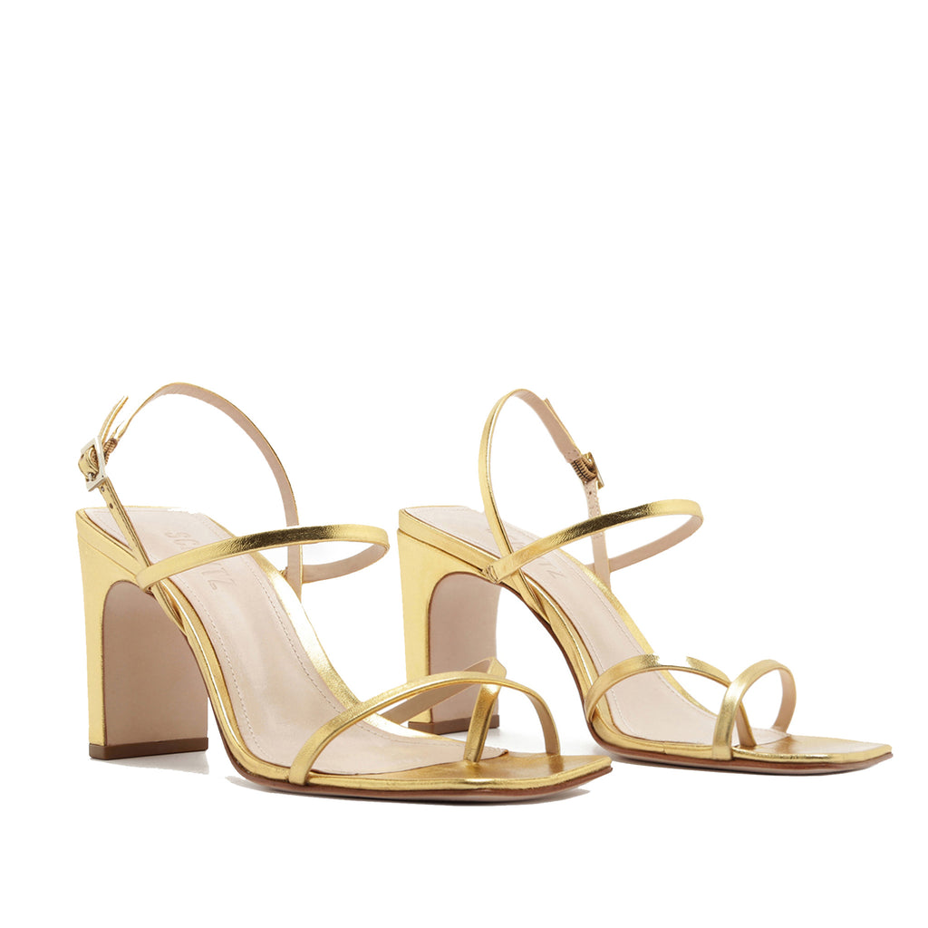 Amaia Sandal in Ouro Gold