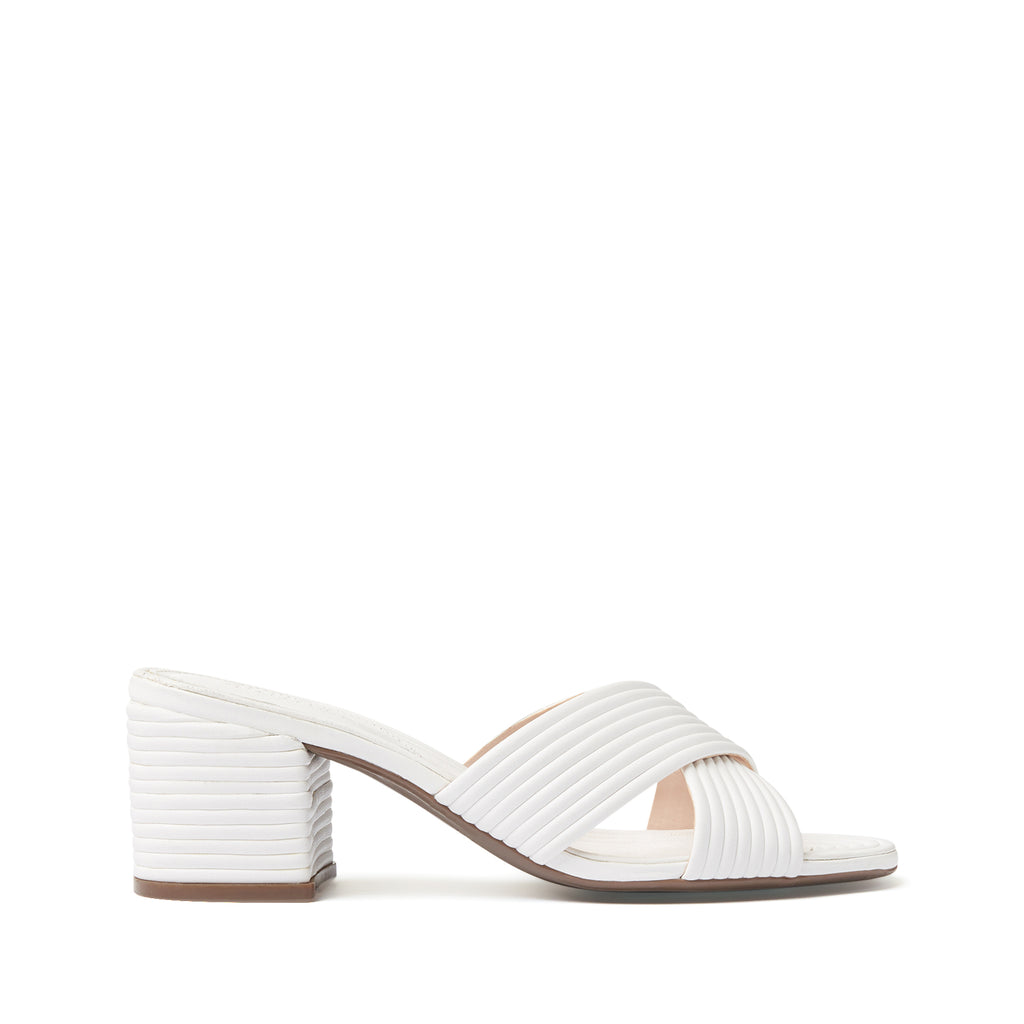 Ana Kate Sandal in White
