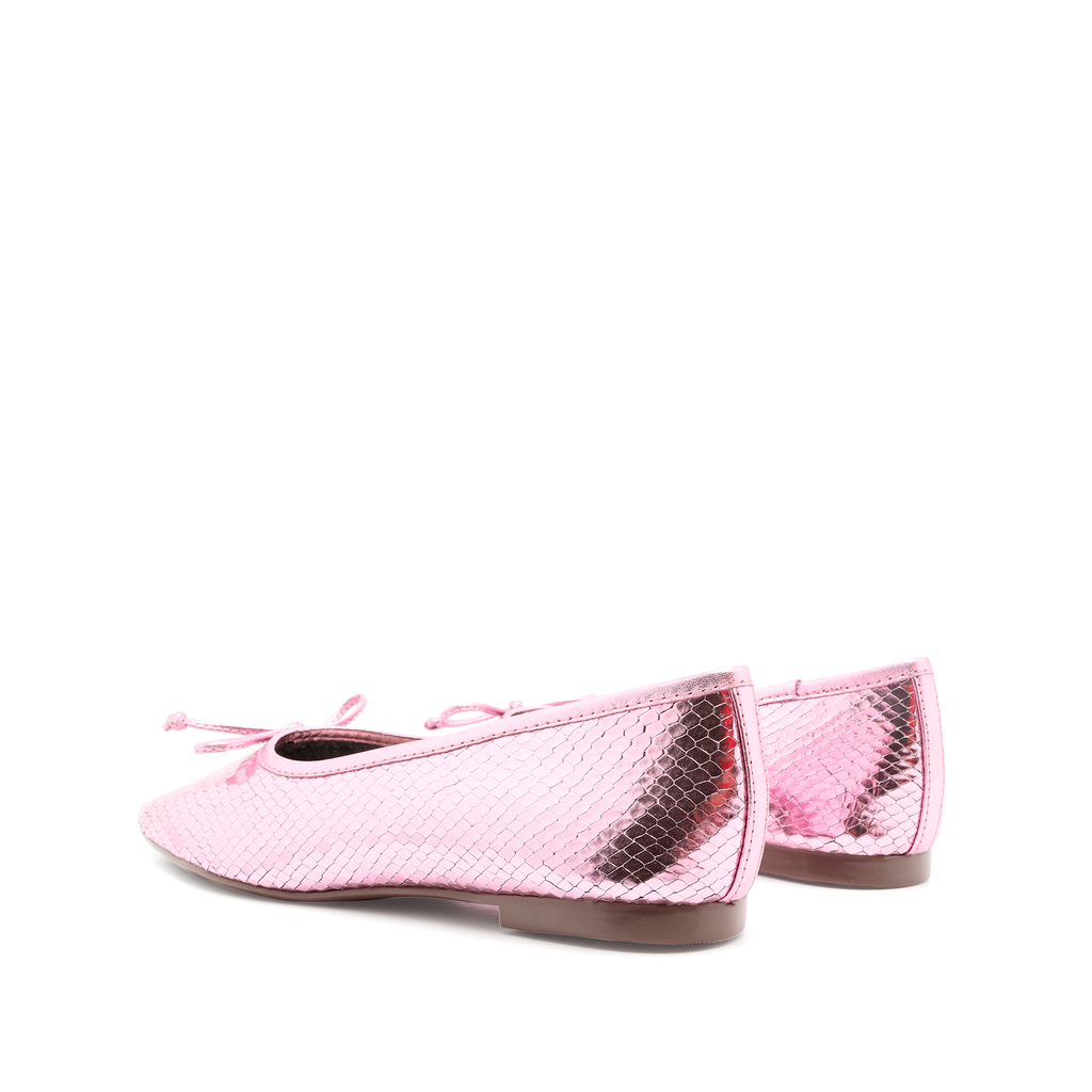 Arissa Flat in Cerise