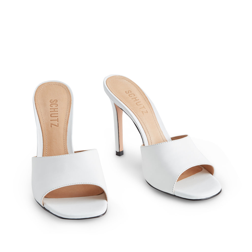 Bardana Sandal in White