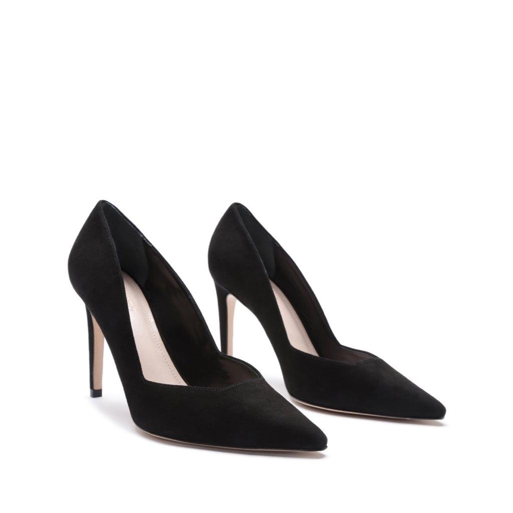 Guinewer Pump in Black