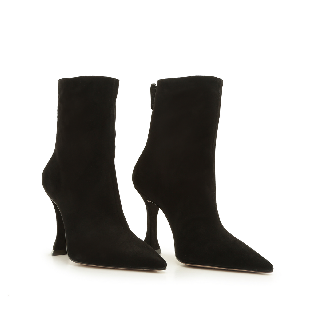 Loiva Bootie in Black