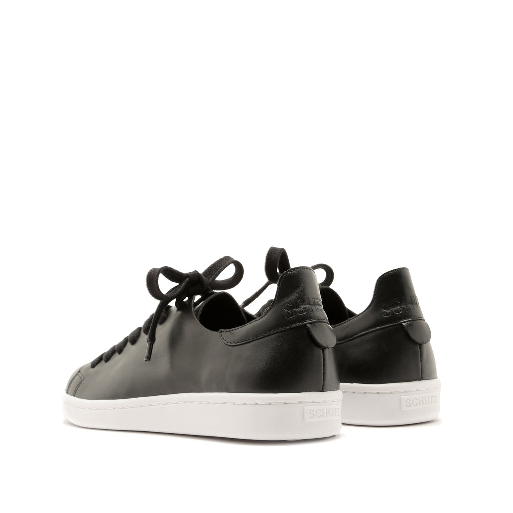 Ofelia Sneaker in Black