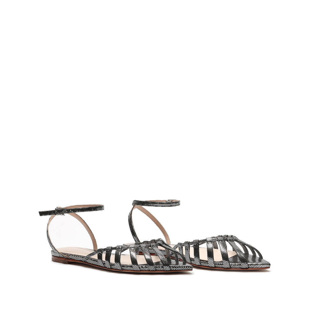 Elia Metallic Leather Flat in Prata Silver