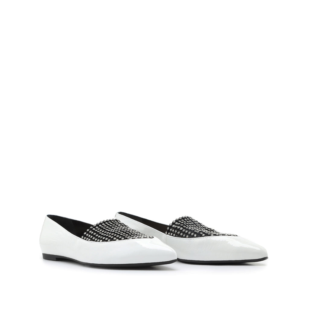 Sury Patent Leather Flat in White