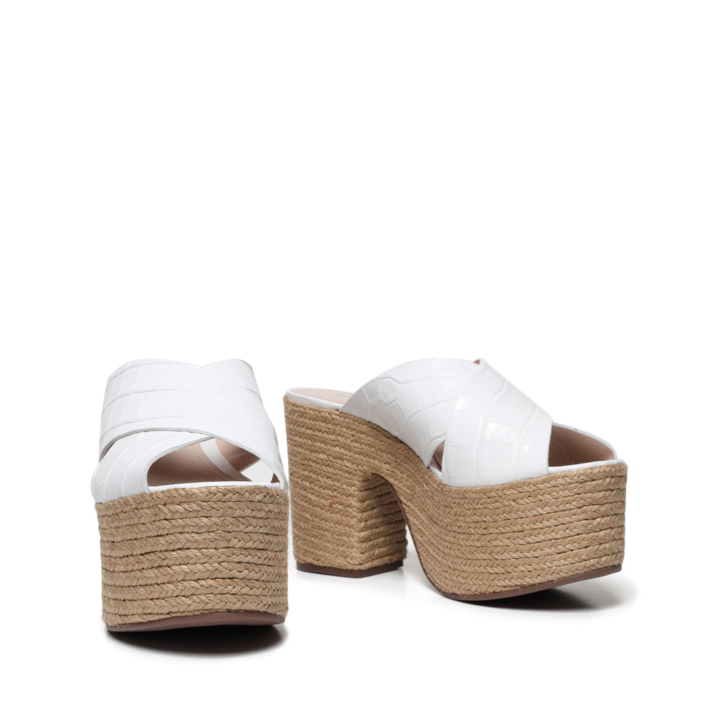 Lora Sandal in White