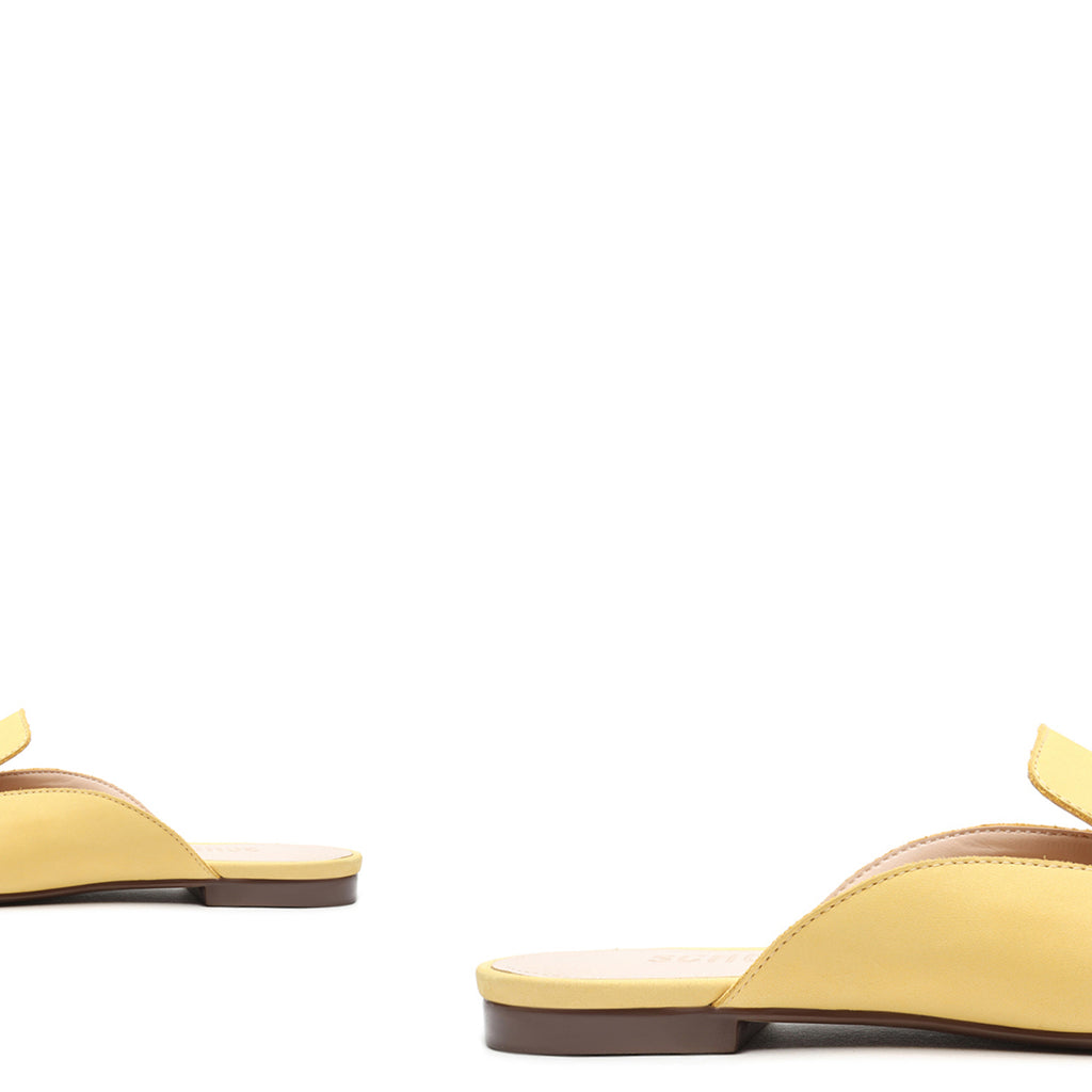 Nady Leather Mule in Yellow