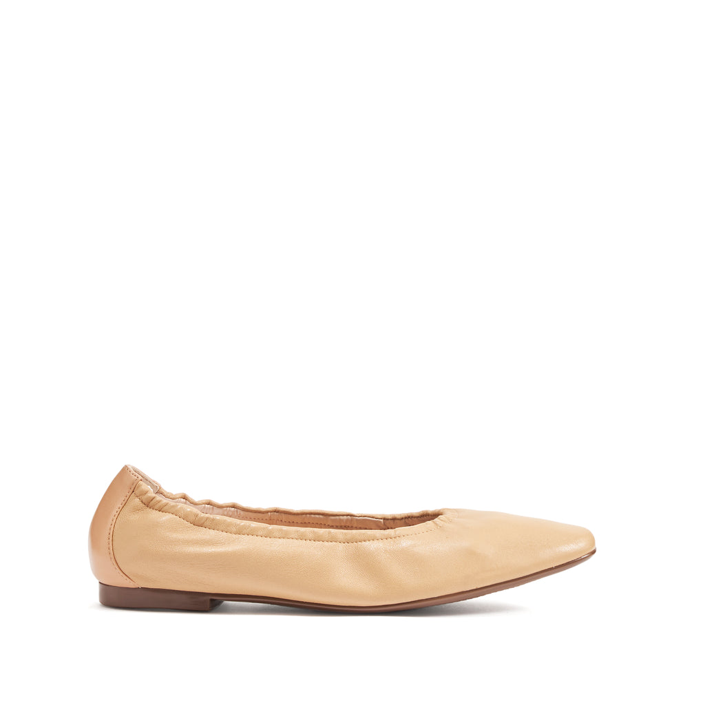 Tillie Flat in Honey Beige