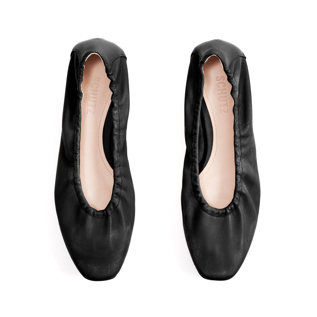 Tillie Flat in Black