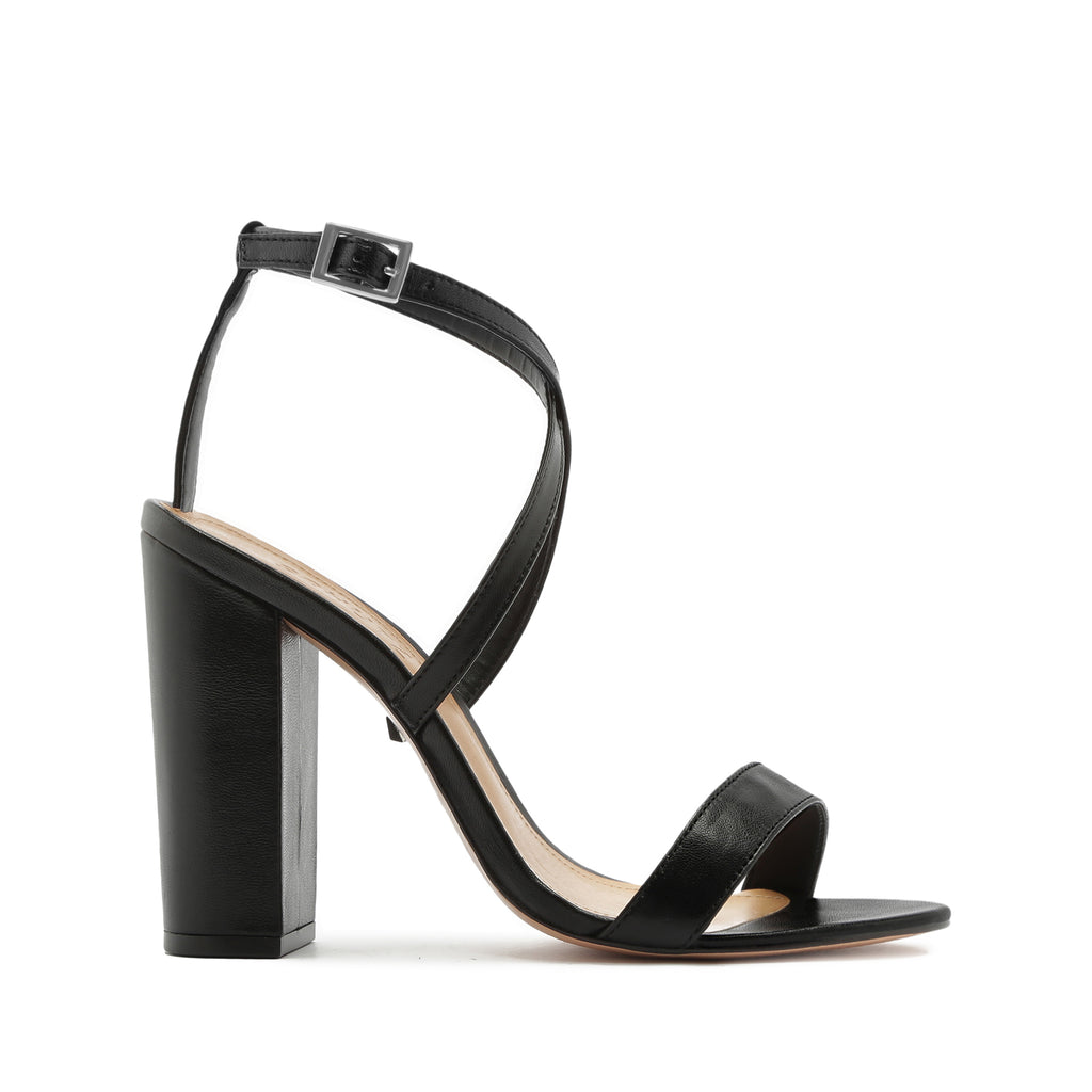 Laurana Sandal in Black