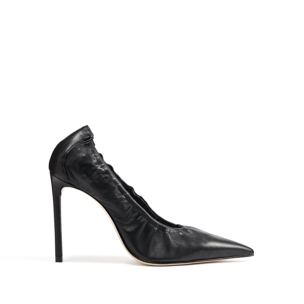 Paulisia Pump in Black