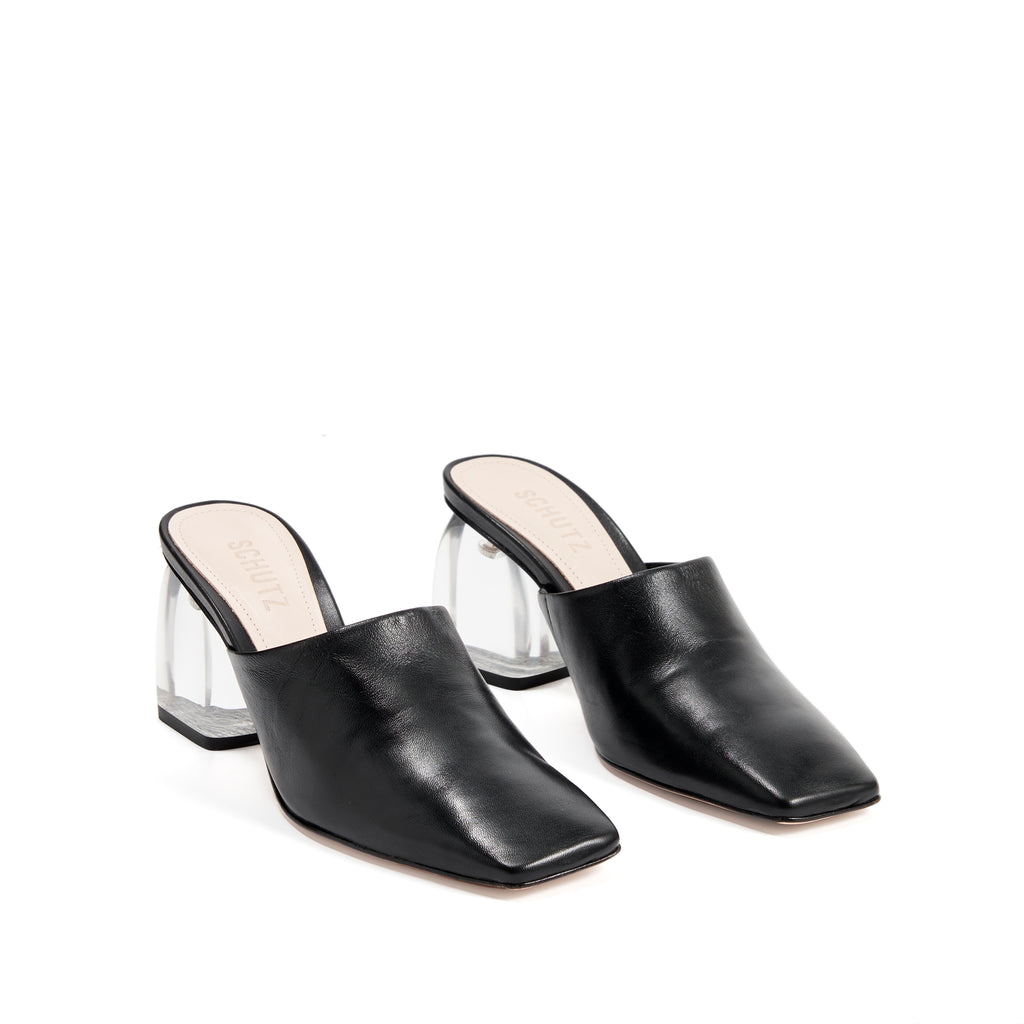 Dezire Mule in Black