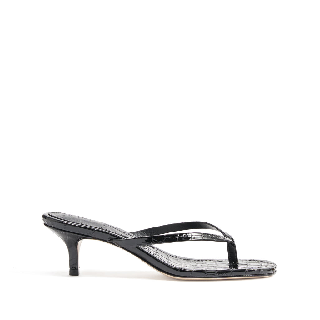 Ivone Sandal in Black