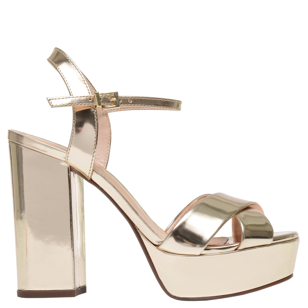 Samanta Sandal in Platina Gold