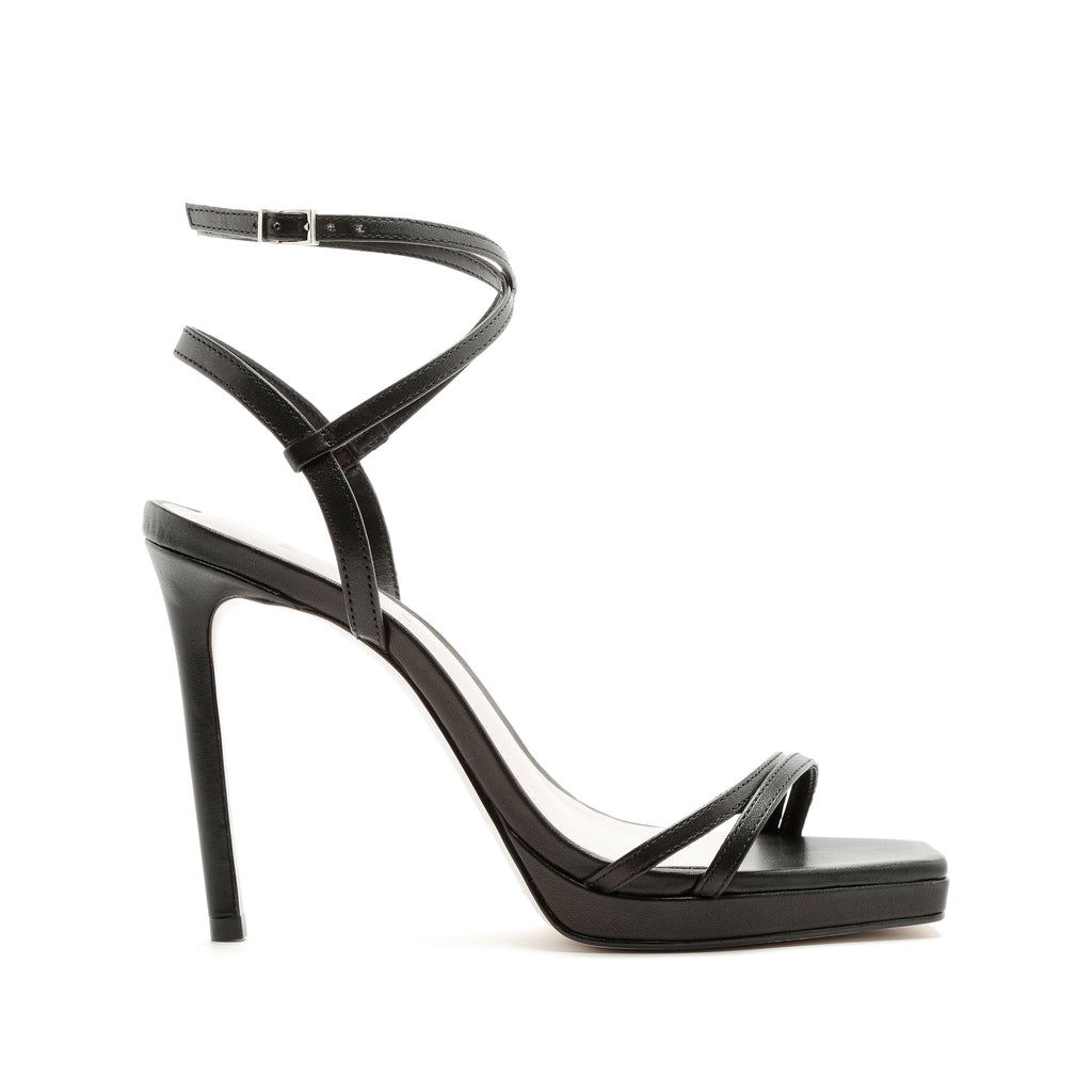 Tersa Sandal in Black