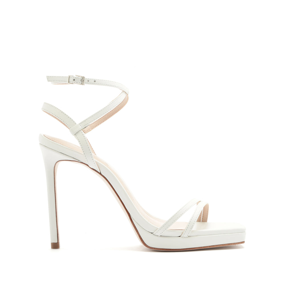 Tersa Sandal in White