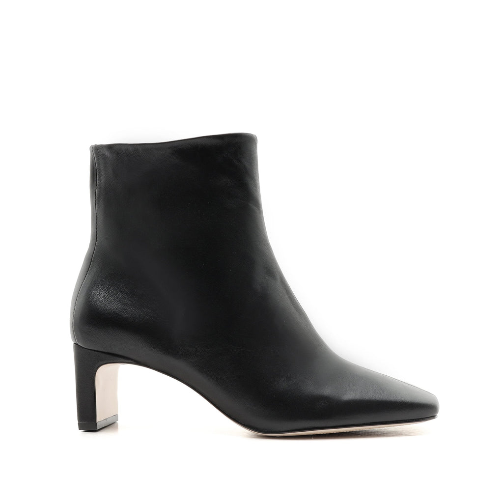 Tiliane Bootie in Black