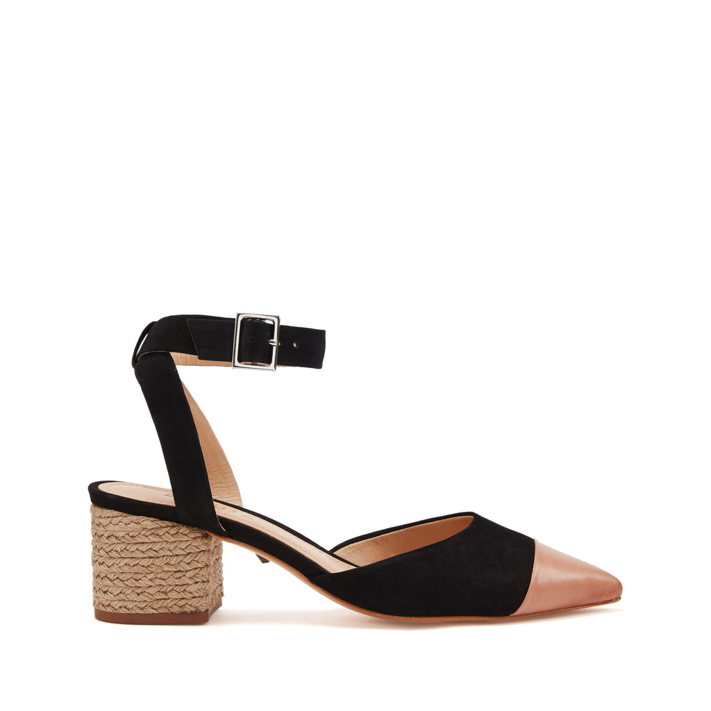 Yonna Pump in Black