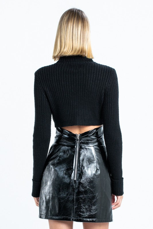 NOIRE CROPPED TURTLE NECK - Shop Sugar Drip