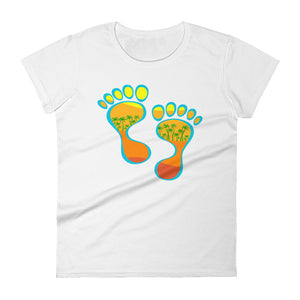 Barefootin' #1 Women's short sleeve t-shirt - The Mad Tropic