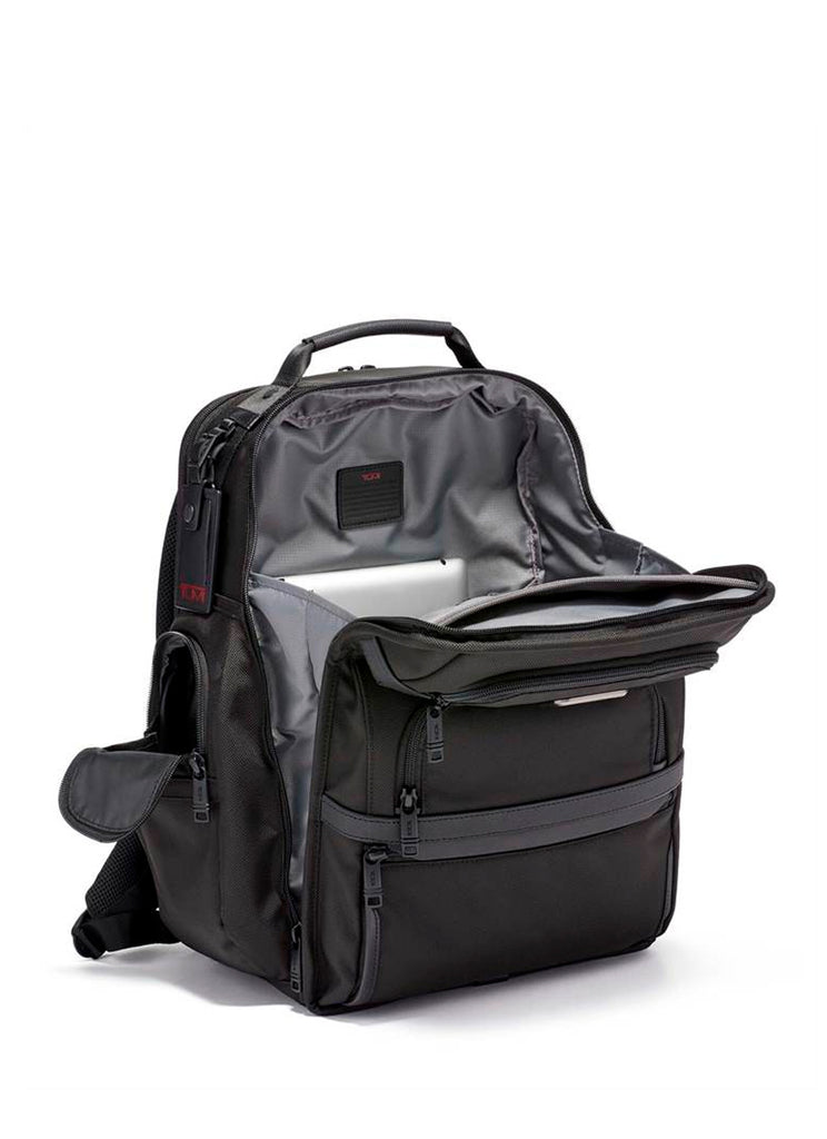 Tumi Alpha 3 Business Class Brief Pack