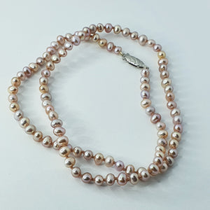 Pinky-Peach Med Pearl Knotted Necklace