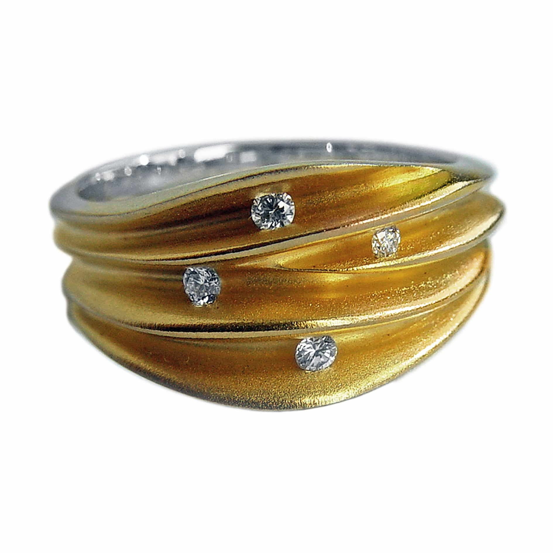 PF Trap Multi Split Shell Ring with 4 Diamonds