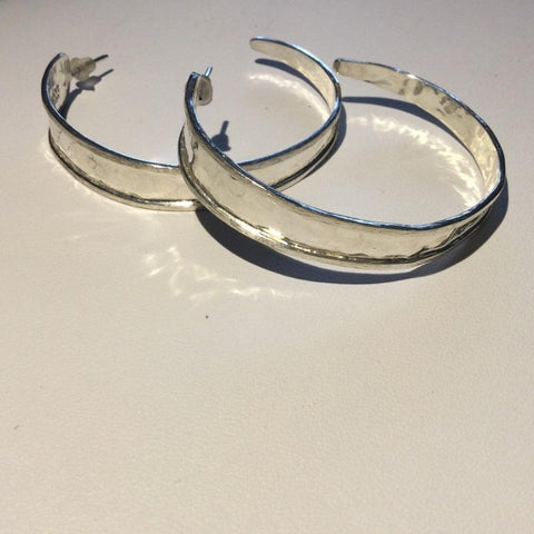 Hammered Rail Large Hoops